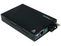 StarTech.com 10/100 Mbps Single Mode Fiber Media Converter SC - 18.6 miles/30km over Single Mode SC Fiber (ET90110SM302…